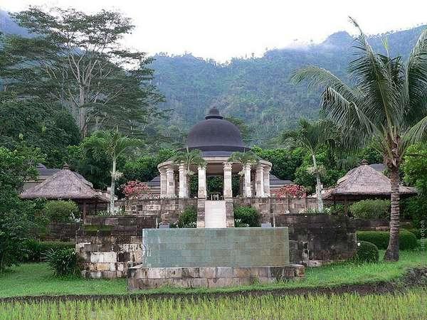 Уникальный отель в буддийском стиле