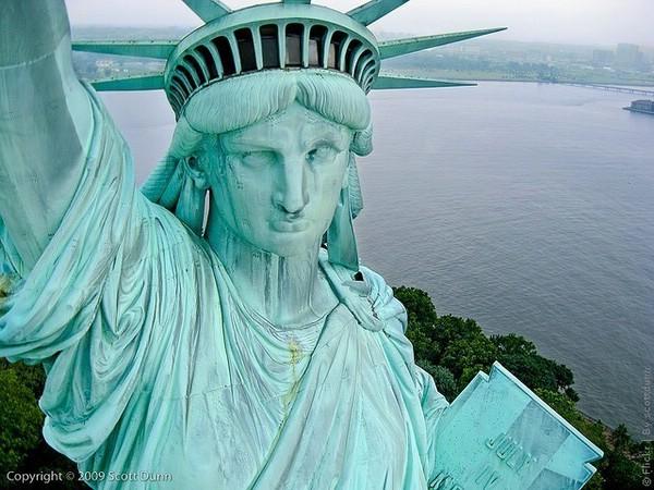 статуя свободы в нью йорке