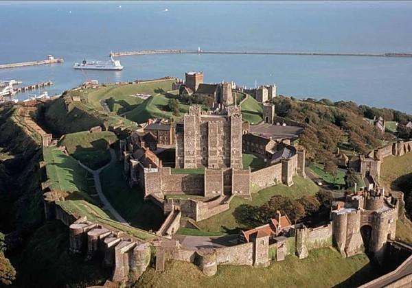 английский средневековый замок фото