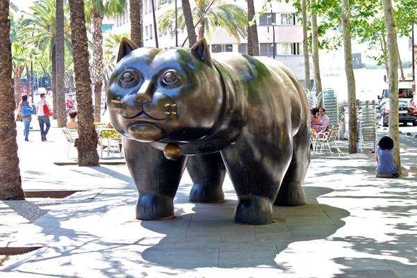 памятник коту