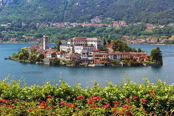 остров сан джулио на озере орта италия 11
