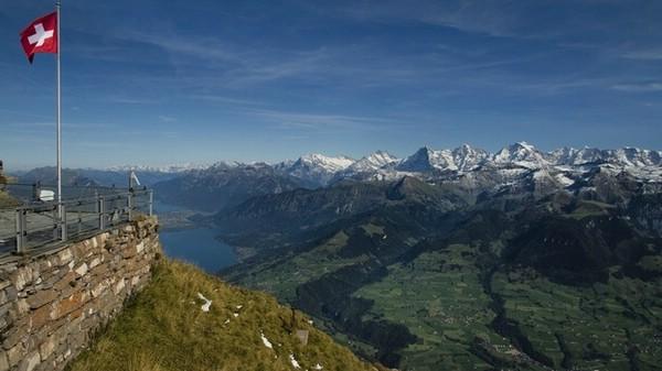 гора низен швейцария