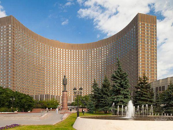 отели москвы гостиница космос