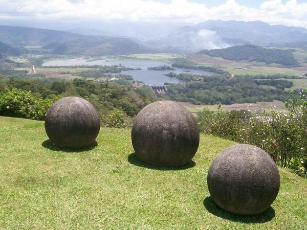 коста-рика каменные шары фото