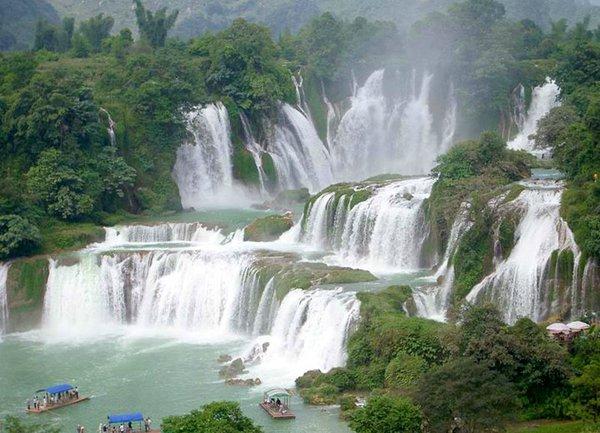 красивый водопад фото