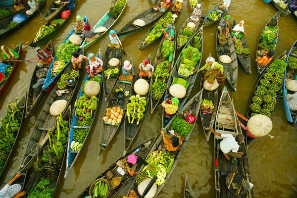 плавучий рынок в индонезии