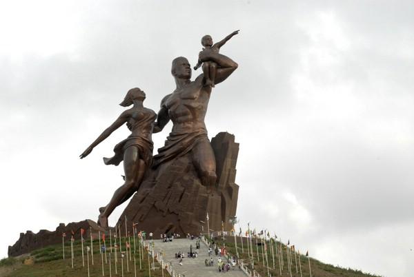 самый большой памятник в Африке