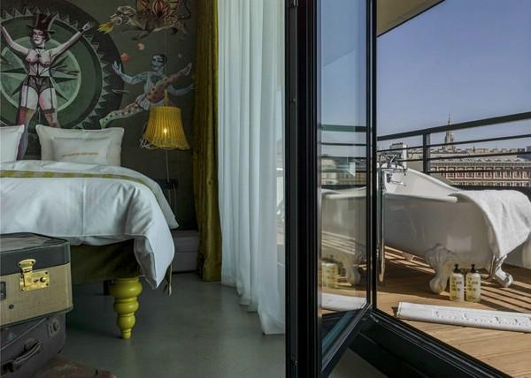 стильный дизайн интерьера отеля