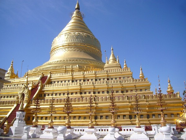 пагода Кутхода самая большая книга в мире