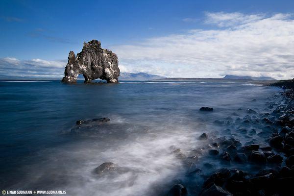 скала слон в исландии