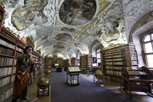 Библиотека в Климентиуме Прага