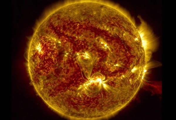 вспышка на солнце фото наса