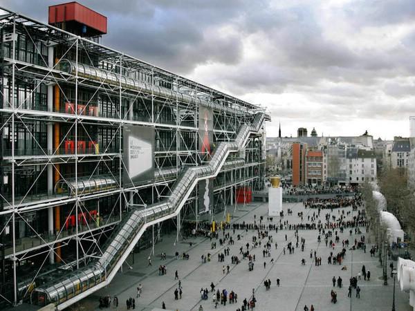 музей современного искусства в центре помпиду париж