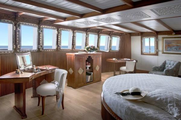 красивая яхта фото