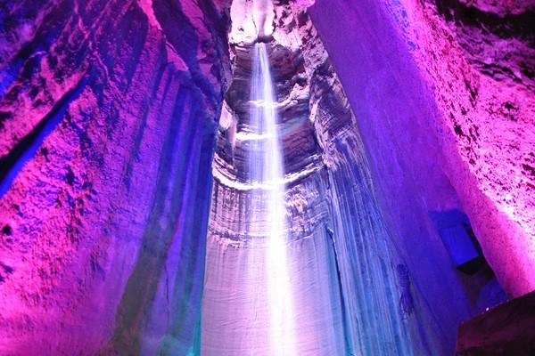 подземный водопад в теннесси