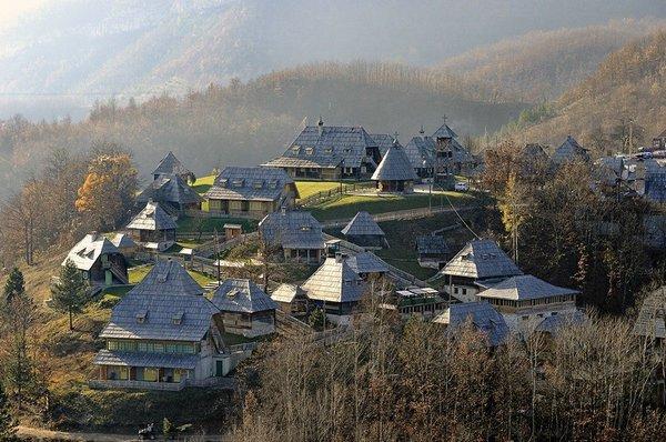 деревня Мечавник Сербия