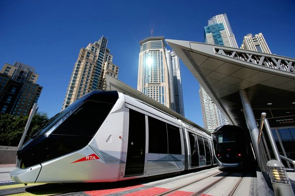 Суперсовременный дубайский трамвай
