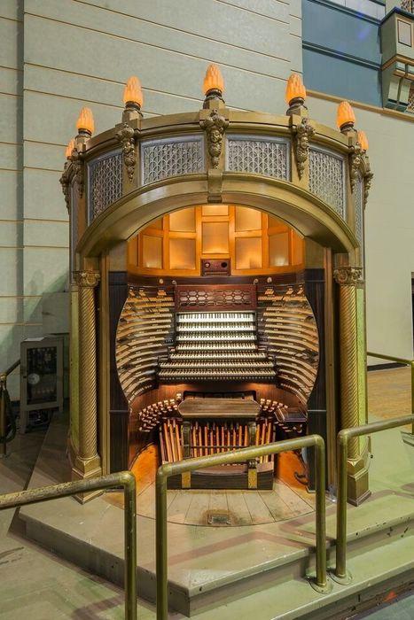 орган зала Бордуок