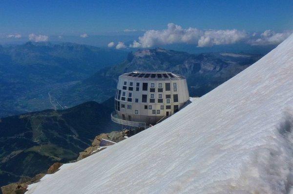 Высокогорный отель Refuge du Gouter на вершине горы Монблан