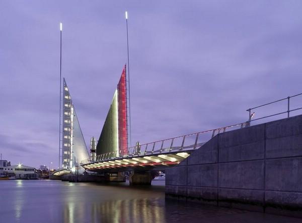 мост Twin Sails Bridge