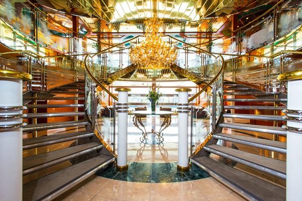 отель в лондоне Sunborn London