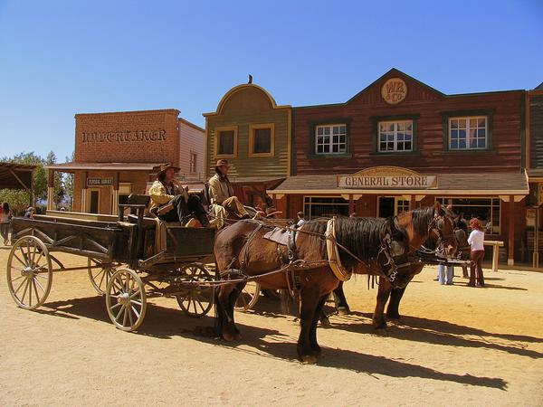 парк мини голливуд в пустыне табернас