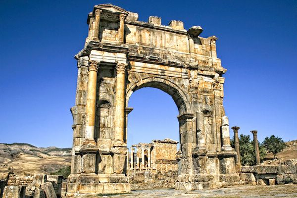 Древнеримский город Джемила в Алжире
