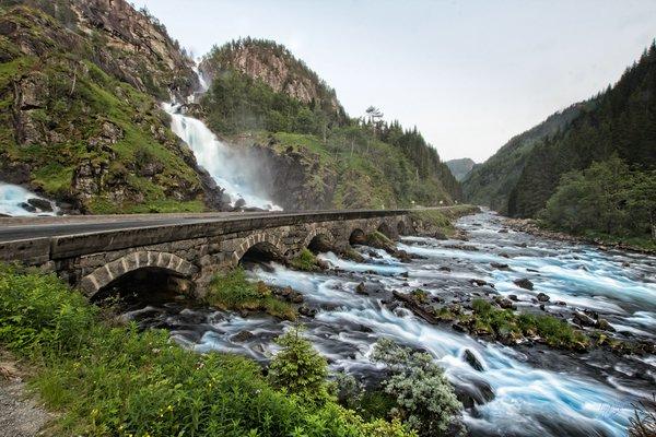 самые красивые водопады норвегии