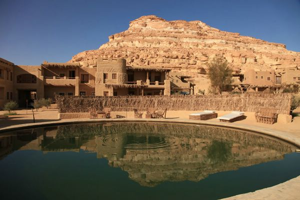 эко отель Adrere Amellal в оазисе сива