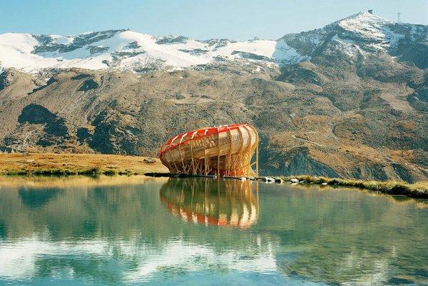 смотровая площадка в швейцарских альпах